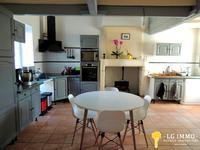 French property for sale in ARCES, Charente Maritime - €136,500 - photo 3