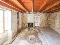 French property for sale in JONZAC, Charente Maritime - €194,400 - photo 4