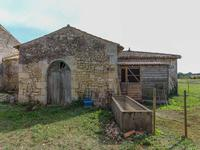 French property for sale in JONZAC, Charente Maritime - €194,400 - photo 10