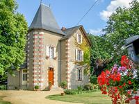 chateau for sale in CHAVAGNESMaine_et_Loire Pays_de_la_Loire