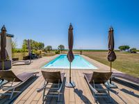 French property for sale in CHAVAGNES, Maine et Loire - €1,207,500 - photo 2