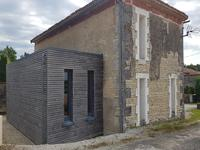 French property for sale in JAULDES, Charente - €190,800 - photo 9