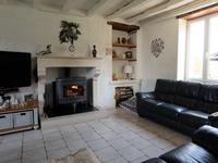 French property for sale in LA ROCHEFOUCAULD, Charente - €235,400 - photo 4