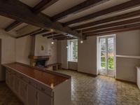 Maison à vendre à MONTGUYON en Charente Maritime - photo 2
