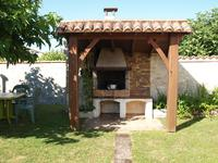 French property for sale in SIECQ, Charente Maritime - €256,800 - photo 3