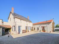 houses and homes for sale inOUZILLY VIGNOLLESVienne Poitou_Charentes