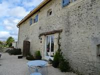 French property for sale in BAIGNES STE RADEGONDE, Charente - €595,000 - photo 5