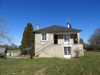 Maison à vendre à UZERCHE en Correze - photo 1