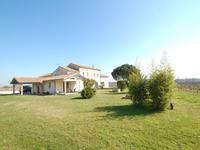 French property for sale in , Gironde - €1,207,500 - photo 3