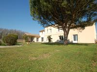 French property for sale in , Gironde - €1,207,500 - photo 2
