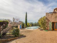 French property for sale in LE VAL, Var - €345,000 - photo 2