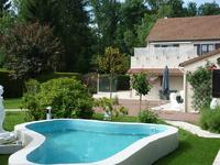 French property for sale in BONNEE, Loiret - €283,550 - photo 3