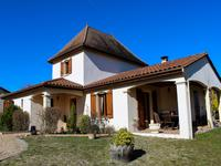 French property, houses and homes for sale inLA TOUR BLANCHEDordogne Aquitaine
