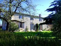 French property, houses and homes for sale inFAYE SUR ARDINDeux_Sevres Poitou_Charentes