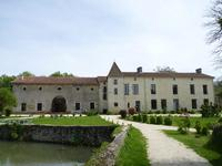 houses and homes for sale inNIEUILCharente Poitou_Charentes
