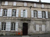 Au centre-ville d'Angoulême, Immeuble de Rapport
