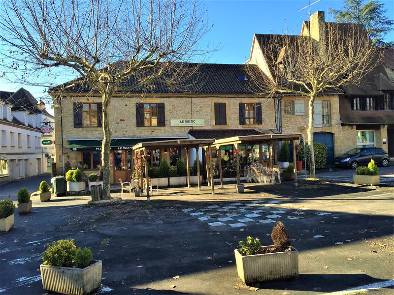 Commerce à vendre à EXCIDEUIL(24160) - Dordogne