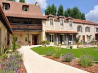 French property for sale in ANTONNE ET TRIGONANT, Dordogne - €1,365,000 - photo 4