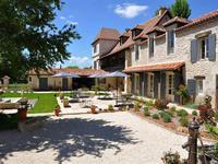 French property for sale in ANTONNE ET TRIGONANT, Dordogne - €1,365,000 - photo 2