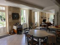 French property for sale in ST THOMAS DE CONAC, Charente Maritime - €367,000 - photo 6