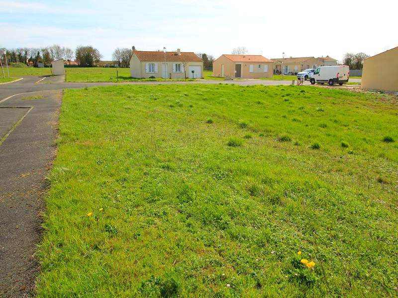 Terrain à vendre à NERE(17510) - Charente Maritime