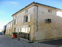 French property for sale in BURIE, Charente Maritime - €158,050 - photo 1