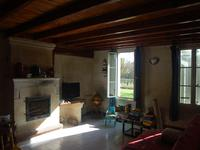 French property for sale in MARANSIN, Gironde - €288,900 - photo 4
