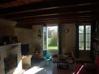 French property for sale in MARANSIN, Gironde - €288,900 - photo 3
