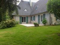 French property for sale in CONFLANS SUR ANILLE, Sarthe - €267,500 - photo 2
