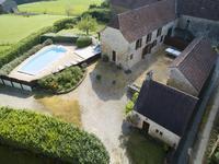 Maison à vendre à NAILHAC en Dordogne - photo 1