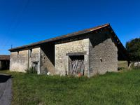 French property for sale in MONTENDRE, Charente Maritime - €371,000 - photo 1