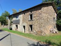 French property for sale in VAYRES, Haute Vienne - €66,000 - photo 2