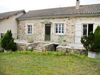 French property for sale in MIALET, Dordogne - €424,000 - photo 2