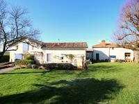 French property for sale in BARBEZIEUX ST HILAIRE, Charente - €487,600 - photo 4