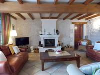 French property for sale in BARBEZIEUX ST HILAIRE, Charente - €487,600 - photo 10
