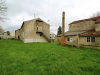 French property for sale in ROMAZIERES, Charente Maritime - €88,000 - photo 5