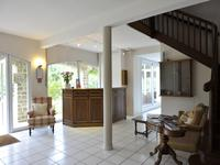 French property for sale in LURBE ST CHRISTAU, Pyrenees Atlantiques - €662,500 - photo 5