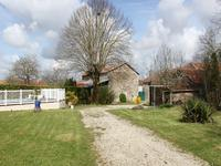 French property for sale in FONTCLAIREAU, Charente - €178,200 - photo 3