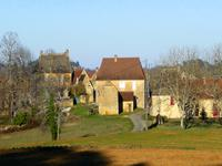 French property for sale in CASTELS, Dordogne - €194,400 - photo 2
