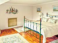French property for sale in LA ROCHE BERNARD, Morbihan - €574,400 - photo 8