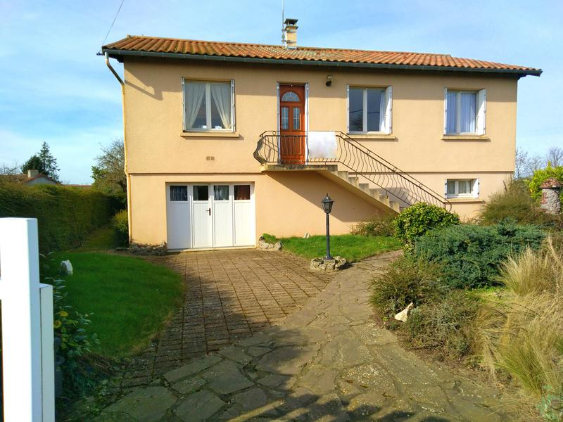 Maison à vendre à ST PAUL EN GATINE(79240) - Deux Sevres