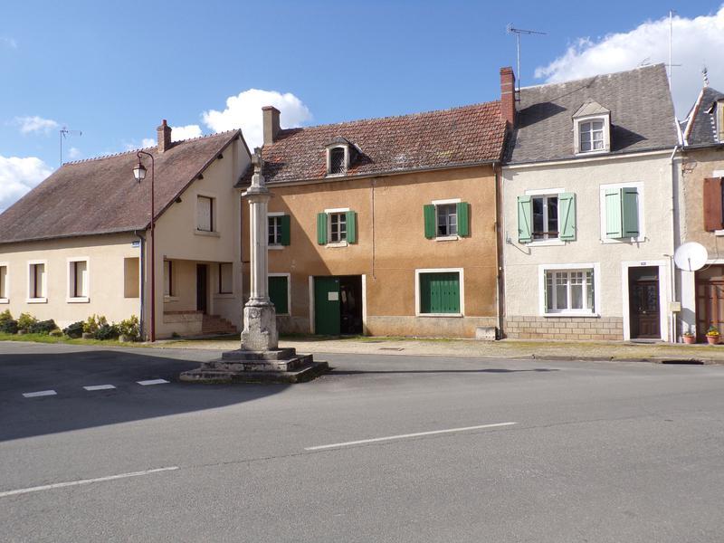 Maison à vendre à LIGNIERES(18160) - Cher