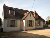 French property for sale in GIZEUX, Indre et Loire - €194,400 - photo 2
