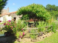 French property for sale in AMAILLOUX, Deux Sevres - €125,350 - photo 9