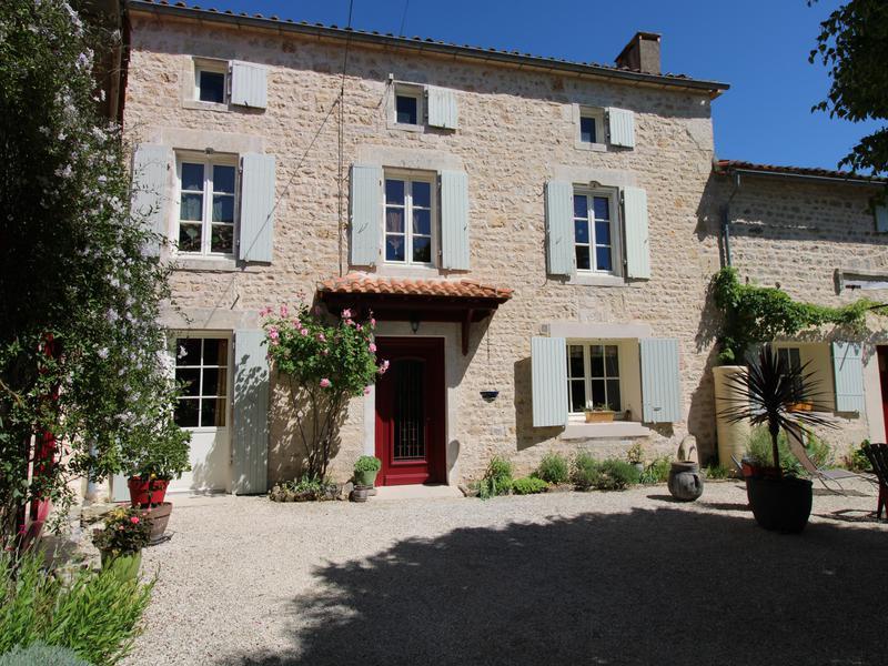 Maison à vendre à MANSLE(16230) - Charente