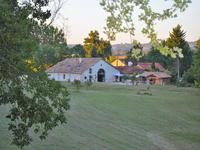 French property for sale in LA REOLE, Gironde - €590,000 - photo 2