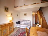 Appartement Isabelle -F3 duplex de 32m à vendre au centre de St Gervais, vue magnifique, balcon ensoleillé.  Moins d'une heure de Genève .  Ne manquez pas les visites virtuelles 360º et le plan d'étage, exclusif au site Web Leggett .
