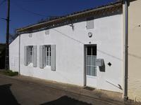 maison à vendre à ST SORLIN DE CONAC, Charente_Maritime, Poitou_Charentes, avec Leggett Immobilier