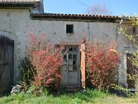 French property for sale in CHAMPNIERS ET REILHAC, Dordogne - €41,000 - photo 10