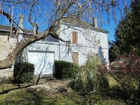 French property for sale in CHALAIS, Charente - €162,000 - photo 2